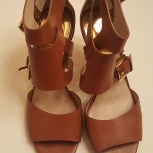 Michael Kors Buckle Leather Sandals. 8.5